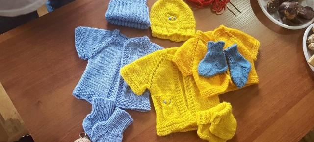 Размерная сетка шапочки, носочки, жилетки и пледы для раннорожденных деток